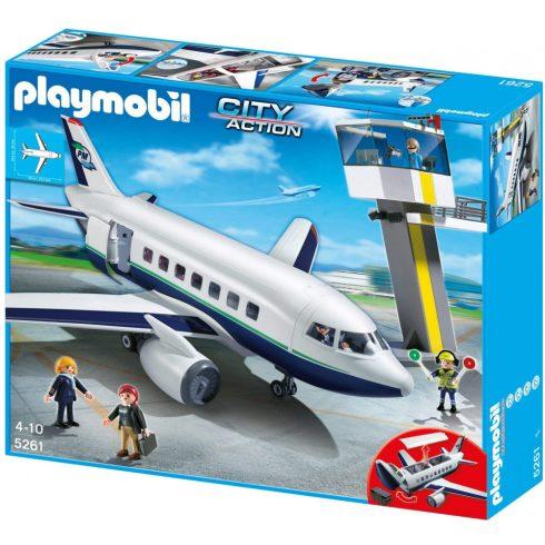 Playmobil 5261 Óriás utas- és teherszállító repülőgép irányítótoronnyal