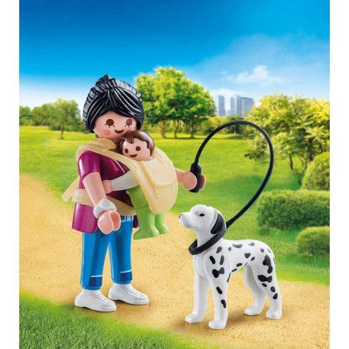 Playmobil 70154 Anyuka kisbabával és kutyával